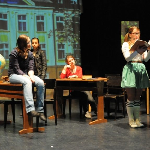 Theater group Goga, 2010, foto Asja